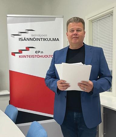 Isännöitsijä Mika Pouttu - Neomeet